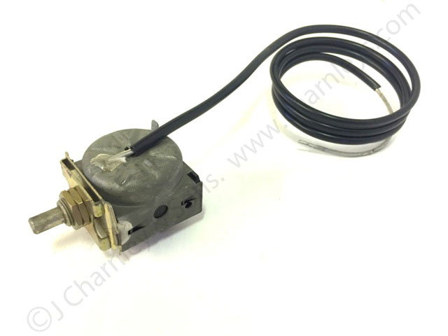 McCormick Tractor Part 92101C1 THERMOSTAT SWITCH