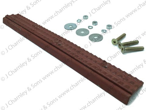 CTJ4654 DOOR TREAD PLATE L.H. - QM CAB