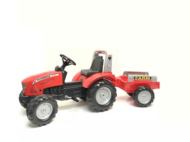 McCormick X7 Pedal Tractor with Trailer